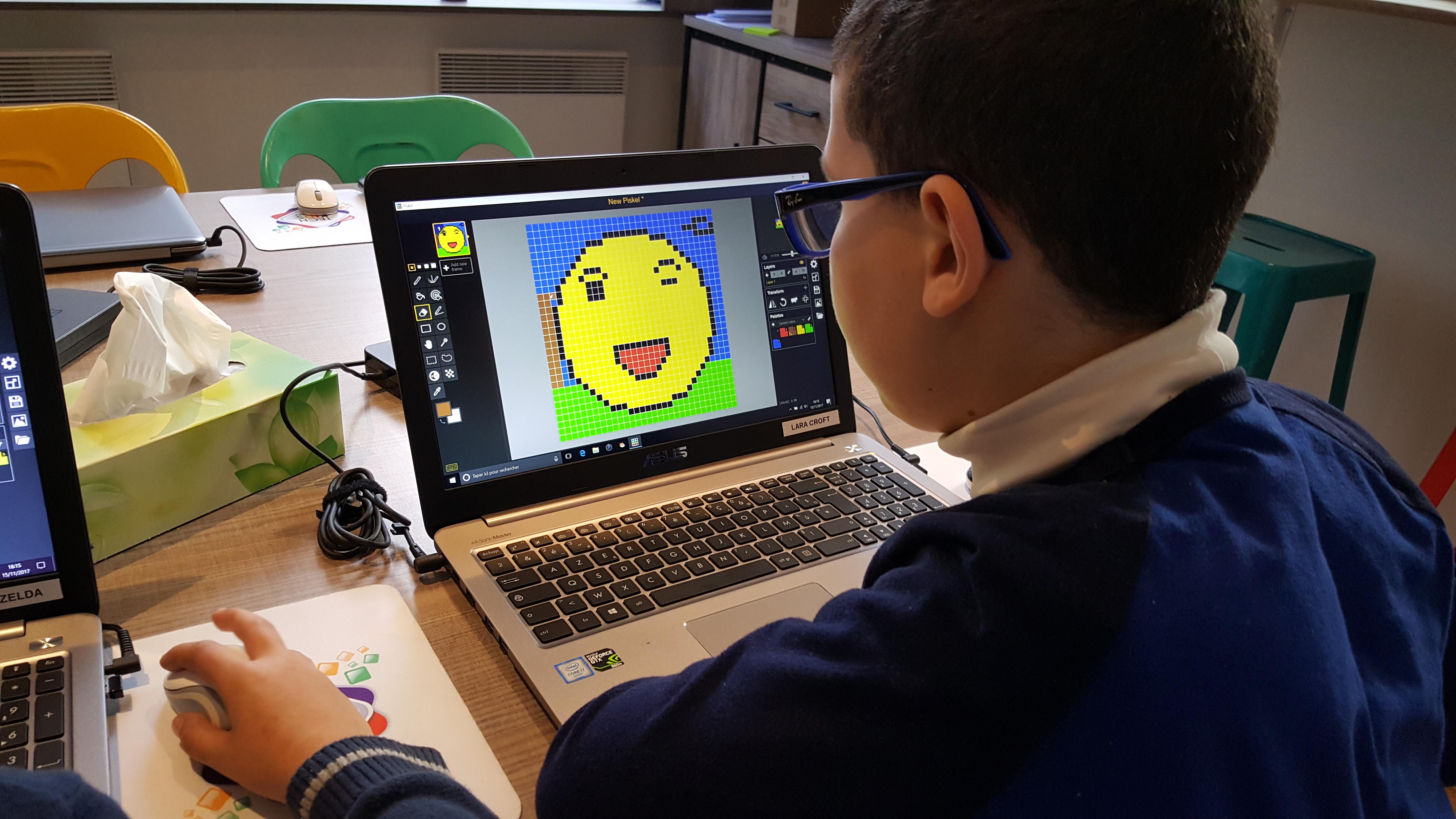 Ateliers hebdos 7-9 ans - Smiley Piskel