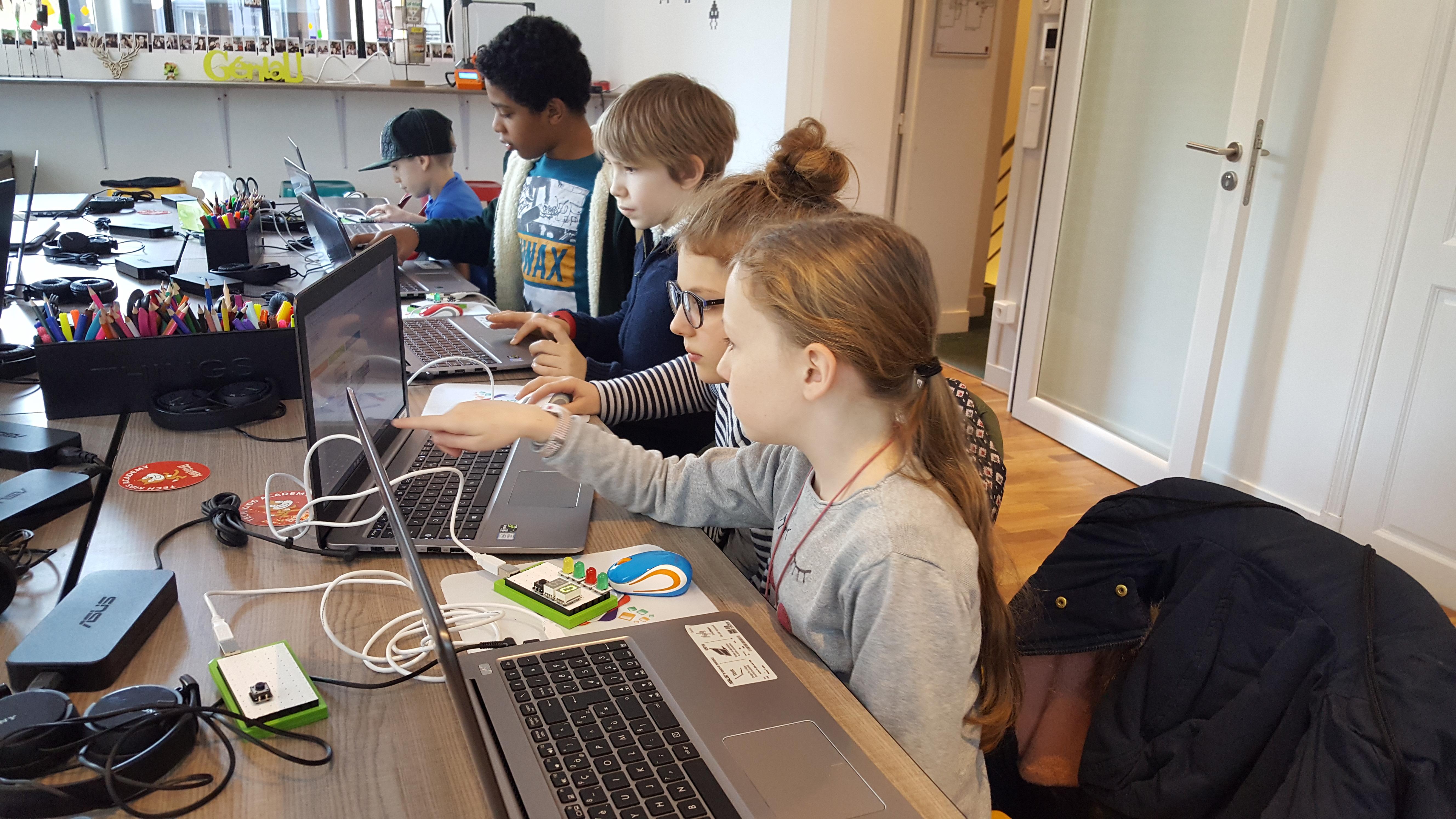 Ateliers hebdos 10-12 groupe enfants