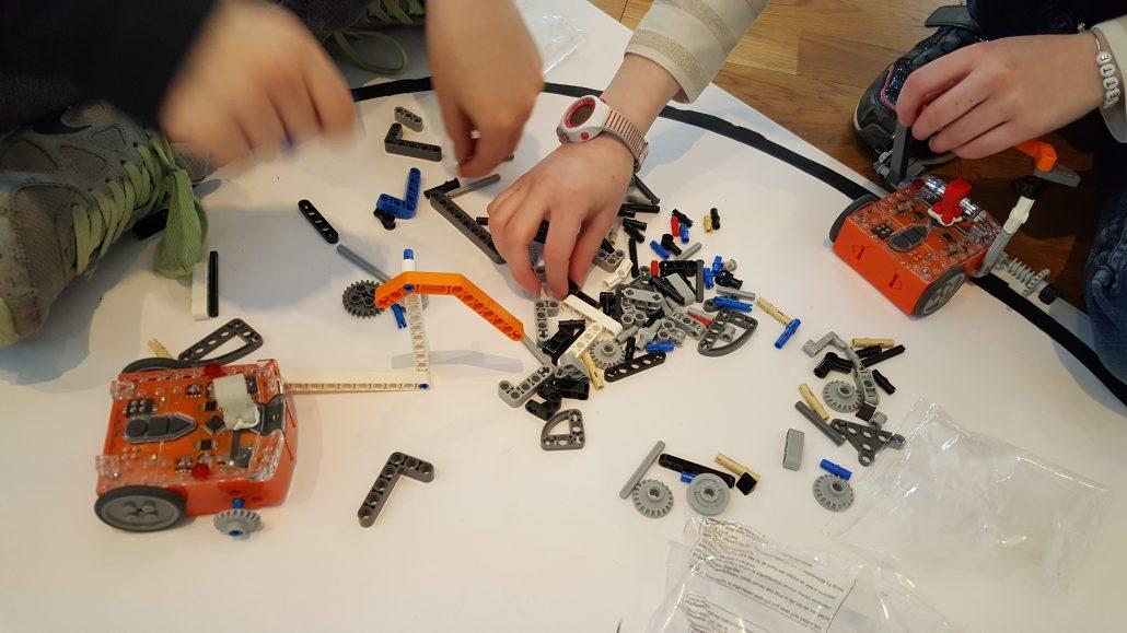 Ateliers hebdos 10-12 Robotique